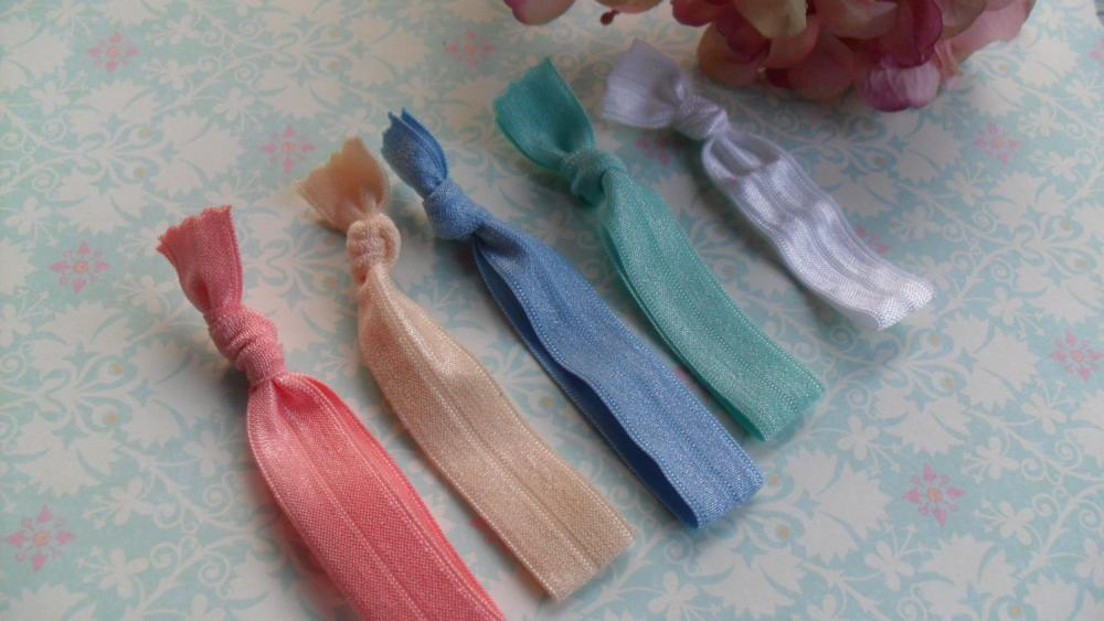 Pony Tail Ties Never Shaby, but Always CHIC: Peach Pink, Cream, Light Blue, Aqua Green and White